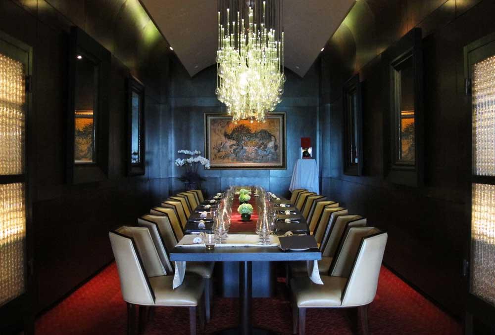 jakarta fine dining | lyon+mia